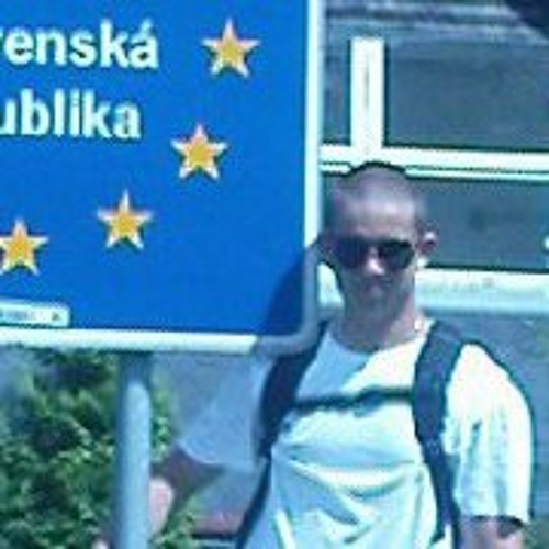Damian Mirosław Ku's avatar