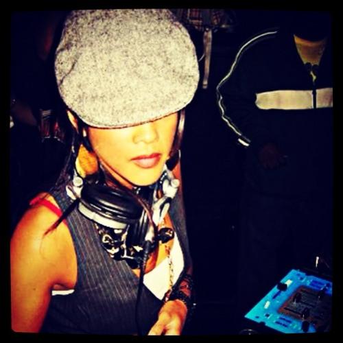 DJ Syrehn's avatar
