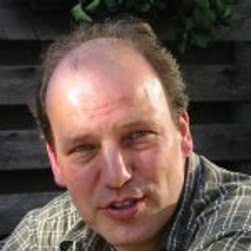 Erik Couvret's avatar