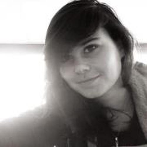 Chloé Blair's avatar