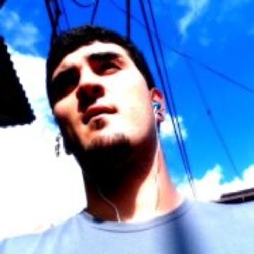 Thiago Lemark's avatar