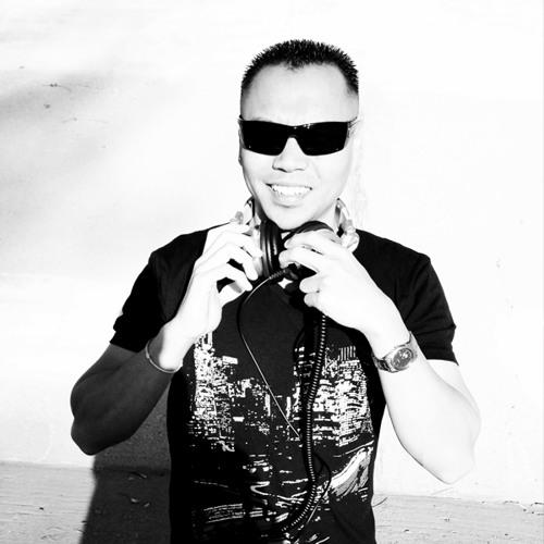 DJNakV's avatar