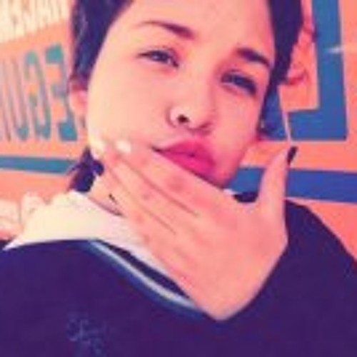 Melyna Escobar's avatar