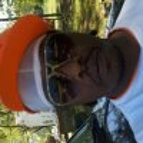 derric27525's avatar