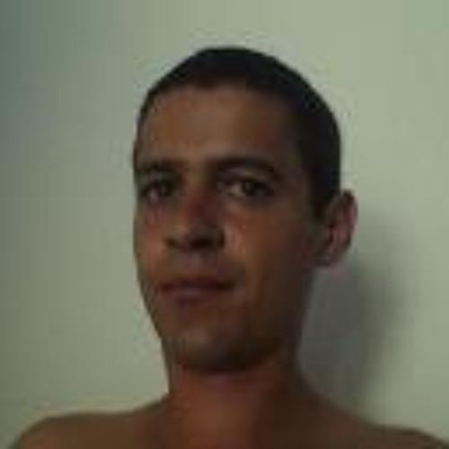 Wesley Henrique Ribeiro's avatar