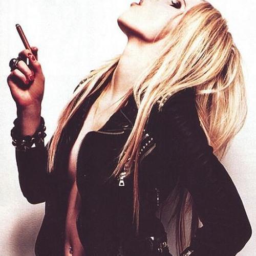 Картинки блондинок как она показывает факью