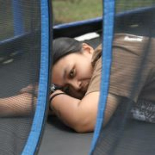 Tina Ada Camacho's avatar