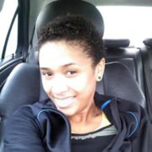 Erica Fortes's avatar