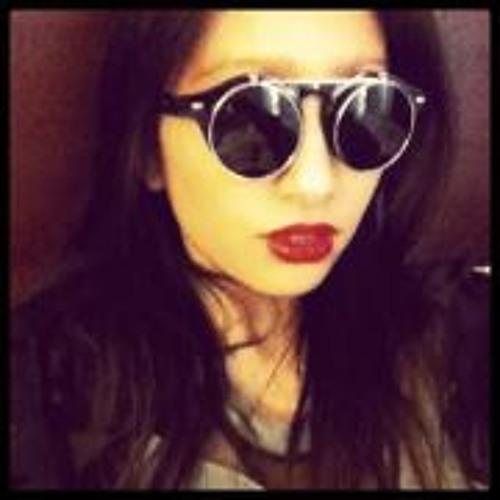 Rosa Pel-Tat's avatar