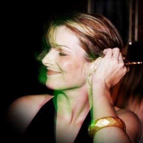 Rinália Fonseca's avatar