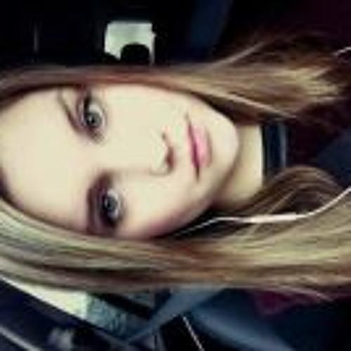 Alina Louise's avatar
