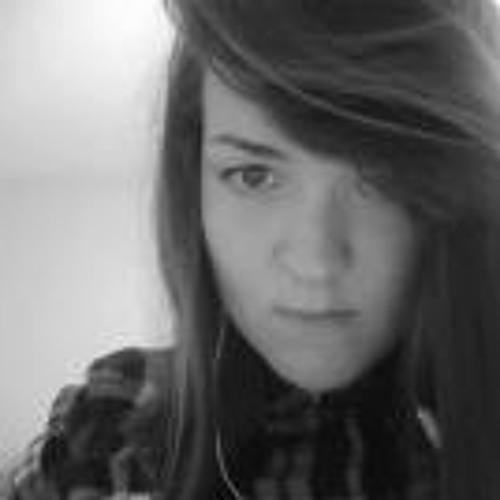 Laura MMoreton's avatar