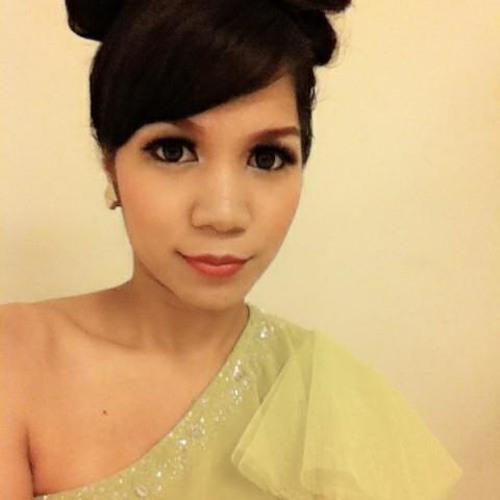 Annisa Biru's avatar