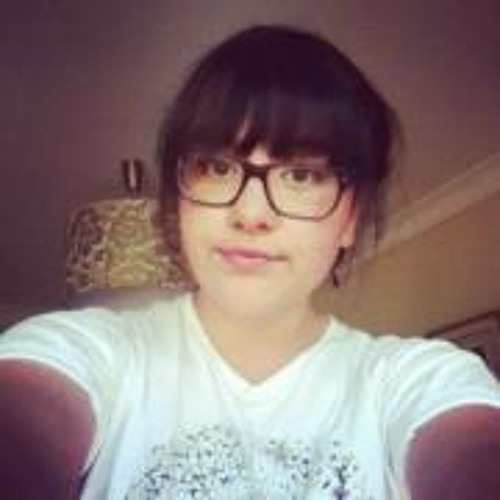 Chloe Destrieux's avatar