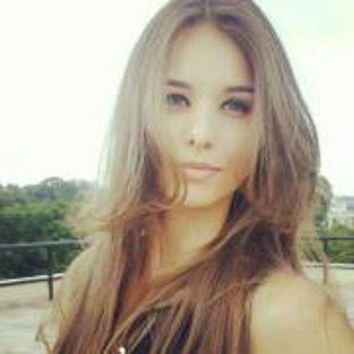 Rosy Ribeiro's avatar