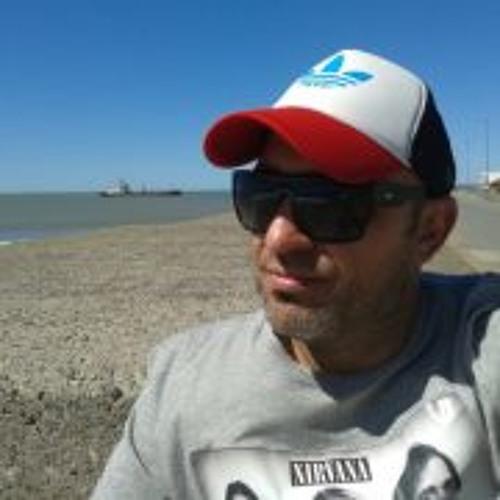 Andres Bugosen's avatar