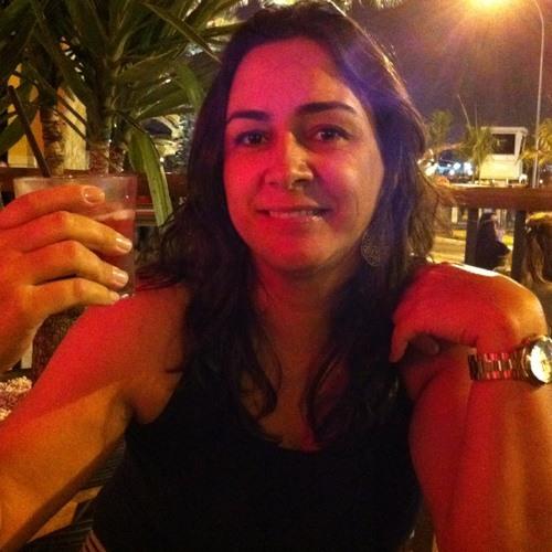 Paula Neves 1's avatar