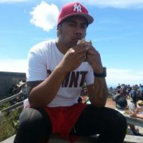 Junior Faaui's avatar