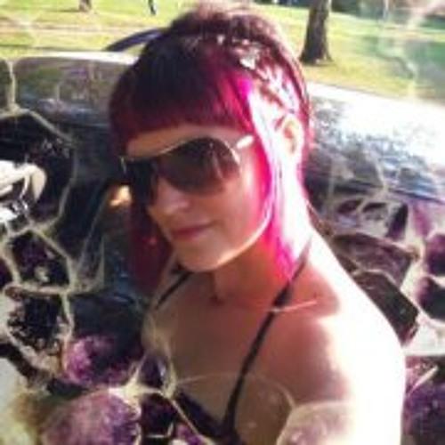 Yvonne Luczak's avatar
