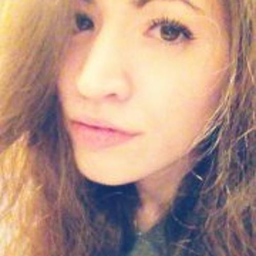 Christina Estrela's avatar