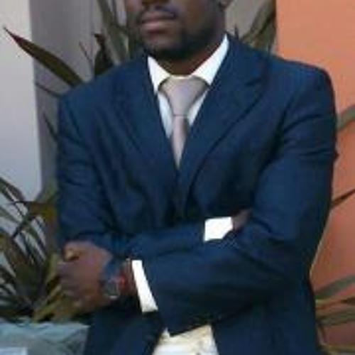 Titus Shilongo's avatar