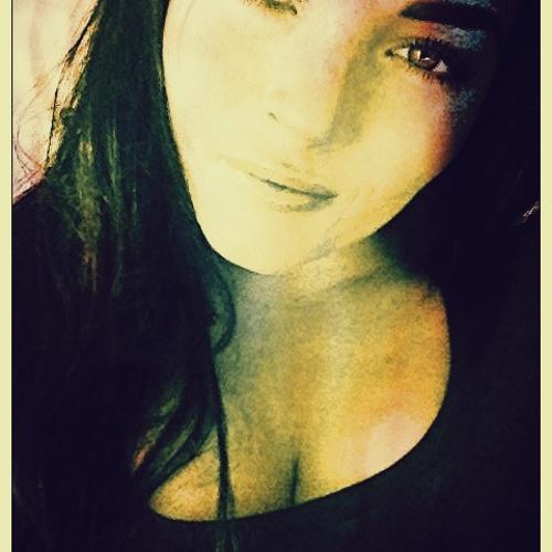 JulieShanti's avatar