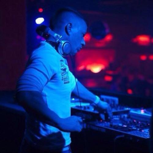Dave de Luxe's avatar
