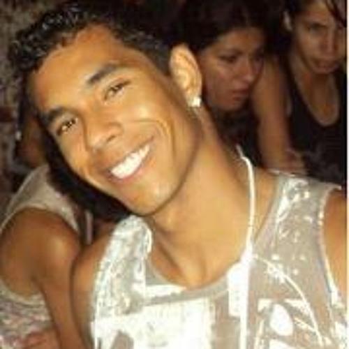 Raphael Cruvinel's avatar