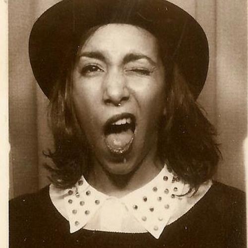 Célia Cerise's avatar