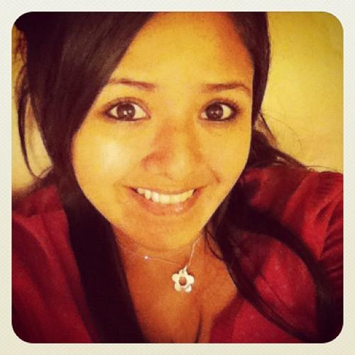 Karlita Tagle Velit's avatar