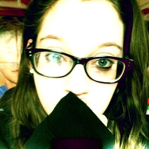 nessie(;'s avatar