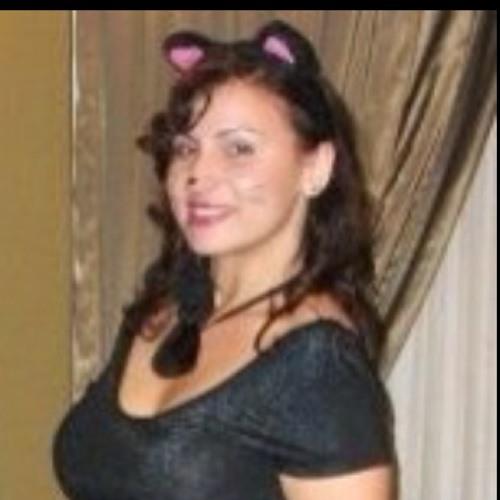 Kat Tamayo's avatar