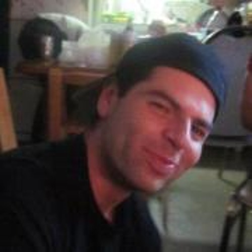 Louie Que's avatar