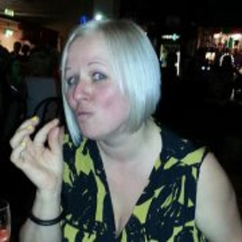 Juliecollins1973's avatar