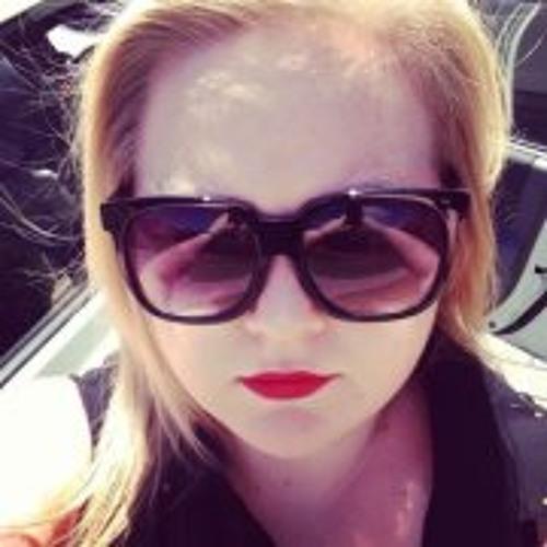 Emma Rowlison's avatar