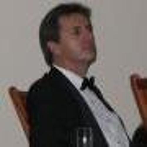 Edmund Schoeman's avatar