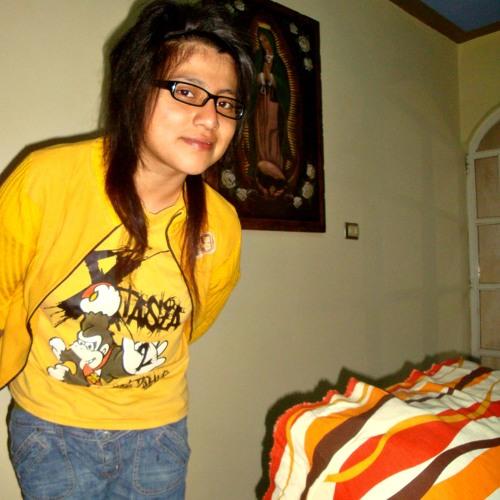 Suraya Darko's avatar
