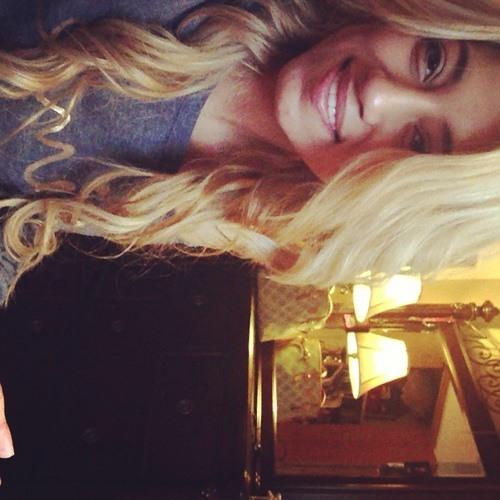 Brendaa Escobedo's avatar
