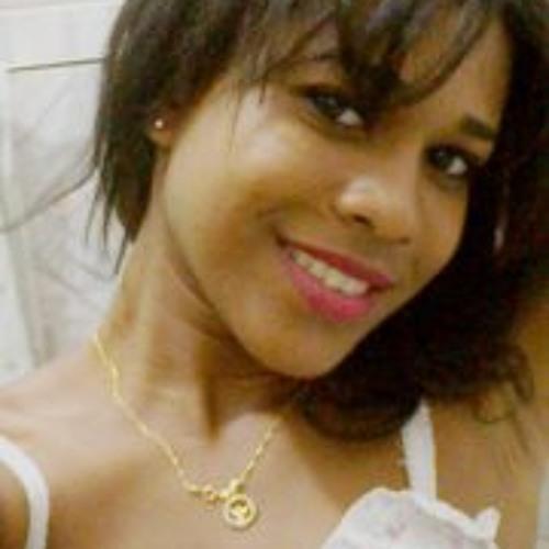 Fabiane Araújo 1's avatar