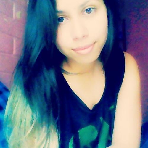 Camii Lovemusic's avatar