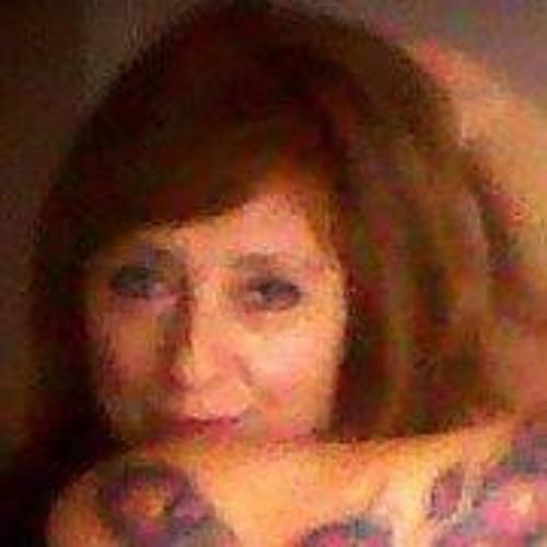 Carli Lia's avatar