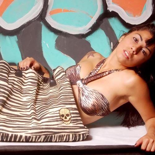 Leticia Lima's avatar