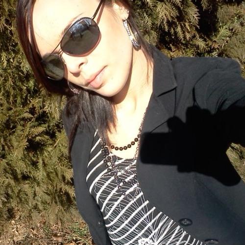 LeeLee<3's avatar