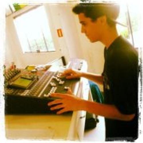 Mateus Nascimento 12's avatar