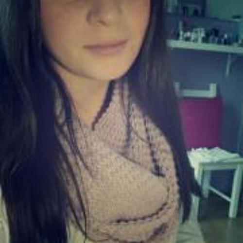 Julia Peters 3's avatar