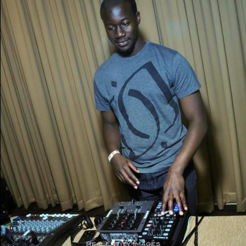 DJ Kola's avatar