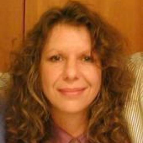 Suzanne Case's avatar