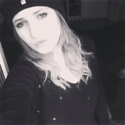 Sarah Sitbon16's avatar