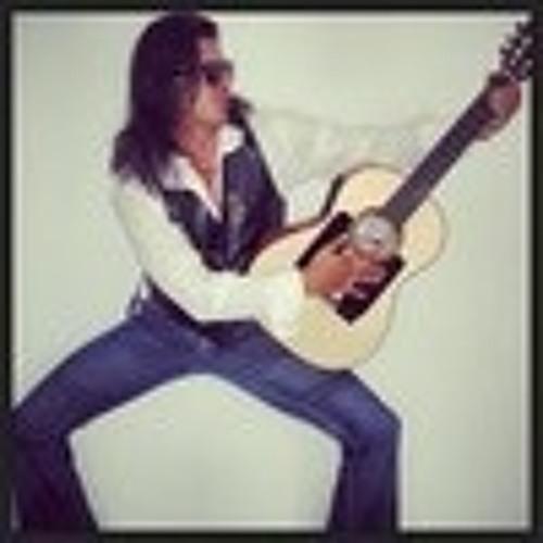 Rufino Bravo's avatar