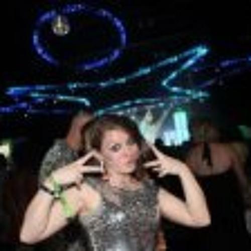 Amanda J Holbrooks's avatar